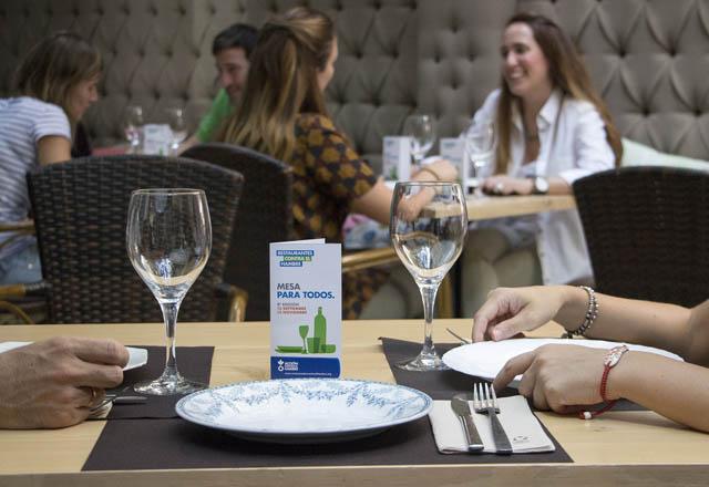 Restaurantes Contra el Hambre: Cocineros y Hosteleros Salvan Vidas